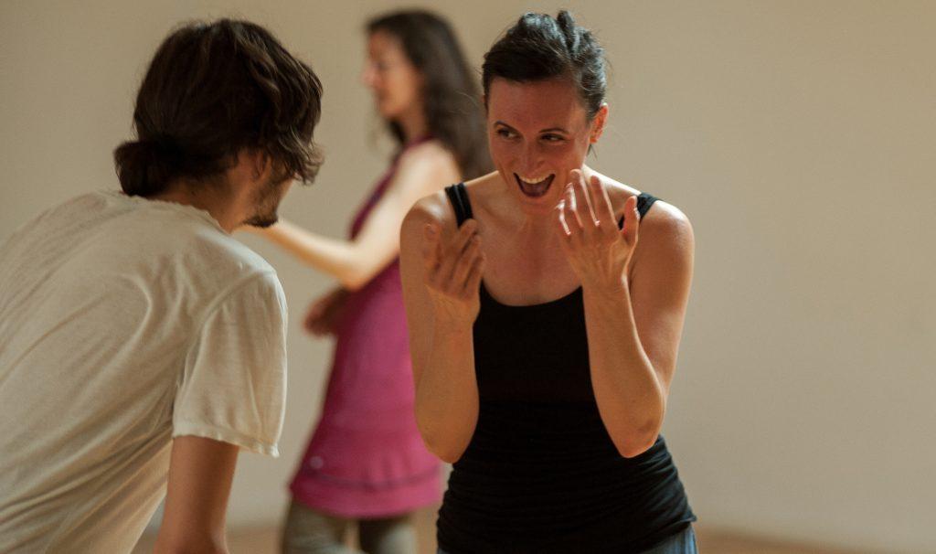Menschen beim Tanzen